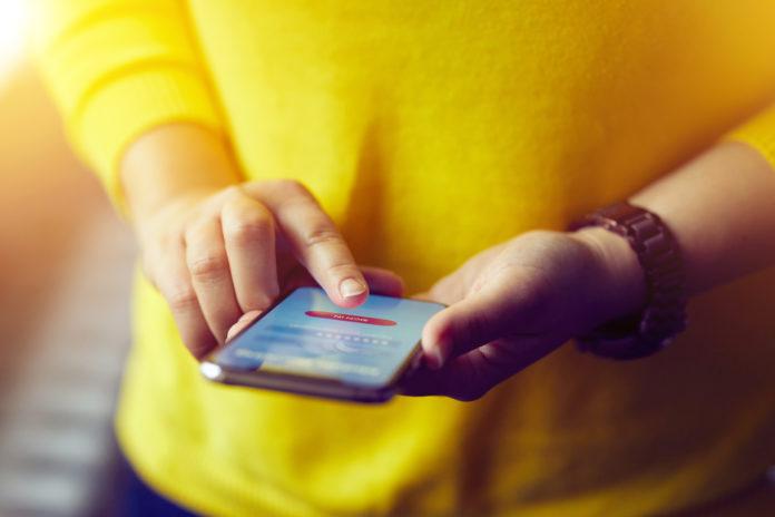 Vijf feiten en fabels over het mobiel solliciteren van jouw kandidaten
